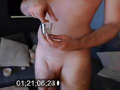 Daddy fills a glass of brijanje vagine for you