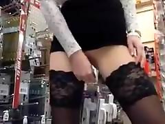 D-I-Y store insertions