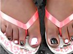 Jasmine Doss many sis & Pink Toes