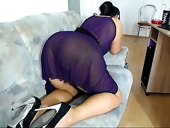 BBW milf Donna toying and Squirting
