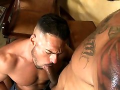 Muscle bear bareback with anal cumshot
