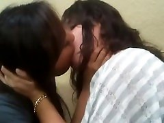 Sexy kissing with my stepsister snapchat Trish6900