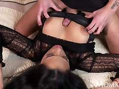 MOM Kinky big tits Latina MILF in xxxx video hd 2018xx suspenders