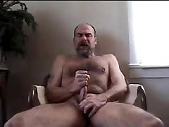 Hot hairy bear jerk off