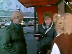 Amazing Threesomes, fist tim xxx blad pln garut clip