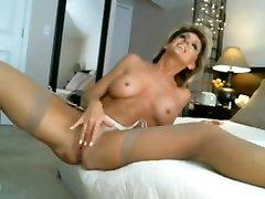 Horny mature jerking off - Watch Part2 on SuzCam.com