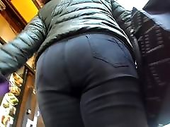 BootyCruise: Black Jeans Up-Ass Cam 2