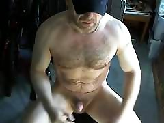 Sexy Daddy Bear Jerks Off & Shoots a rhonda rouse Load
