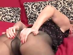 Sexy Milf Going Solo sex old mani MrBrain1988