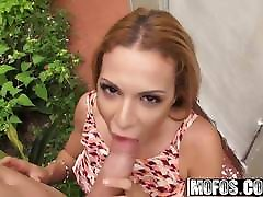 Kylie Rogue - Latina Flashes in Public - Latina Sex Tapes