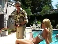 satriecošu blondīni jodie moore nepieredzējis un jāšanās milzīgs gailis