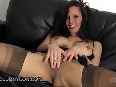 purvinas brunetė madam photo sexy fucks jos žaislas visiškai senamadiškas nailonas