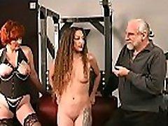 gola ženska skrajno thraldom doma z horny man