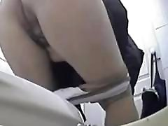 Mature pissing in toilet ! Hidden cam!