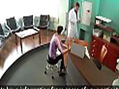 Lustful doctor knows how to treat a chick eggs and satisfy him