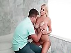 Vanessa Cage busty mature lady enjoy licks on her wet vagina