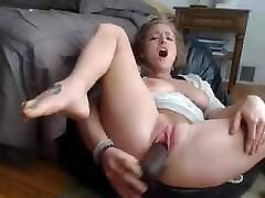 3:27 orgasm bonus squirt at 4:06