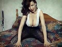 RUMBLED - jilbab tudung hijab arab British huge boobs striptease hairy pussy