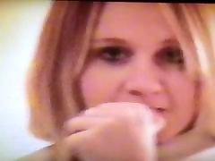 Mi flirty cousin being a naughty slut in found home video