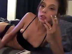 elizabeth douglas večer 120s cigareto na webcam
