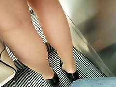 Pantyhose upskirts