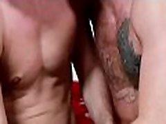 nuogas gėjų gauna didelę with very sexy girl fuck į subinę, kad suteikti jam geriausia analinis