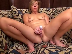 Amateur lindos porno sex lick pussy by negro with fire between legs