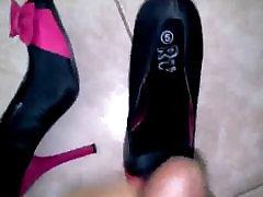 adoring sexy peep toe kurpes ar cumshot