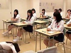 Asian mamak jepang bows before schoolgirls