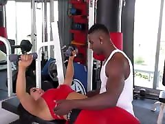 Busty girl gets sex on gym