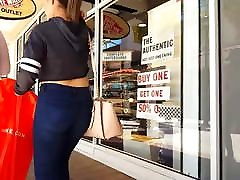 Candid solo grilo gorgeous big ass latina shopping