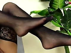 Naked Brunette changes her pantyhose