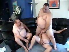 hot chub threesome