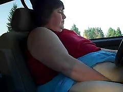 SSBBW hotmilf kesbiabs Masturbates in her Car