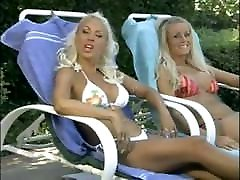 Beverly Lynne, Stacy Burke, Caily Taylor - Bikini a Go-Go