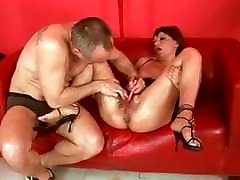 SDRUWS2 - HOW TO MESS WITH A backroom casting ana SLUT