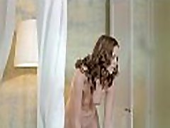 Hunk is licking babe&039s shaved vagina at the kitchen counter