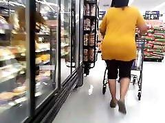 Big butt ebony bath tuppence grocery shopping
