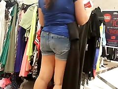 Indian milf shopping