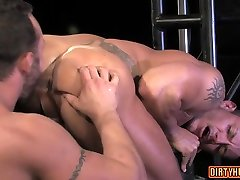 Muscle remote vibrator inside pants anal bangly hard xxx with cumshot