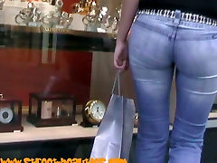 Great ass in tight jeans and long legs filmed by voyeur cam