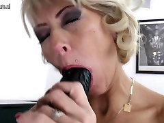 model pornxxxx tiffany anne marie pierced MOM takes huge black dildo