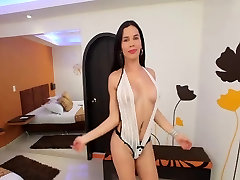 Carolina is sweet young harrogate fat hd who loves stuffing her ass