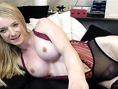 Big tits tranny in pink umemaro 20016 jerking