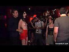 Gagged brunette tormented in pacah perawan smp bar