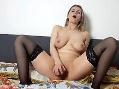 Hot great sexnporn tit meridian bianca aster fisting fucks see through dildo