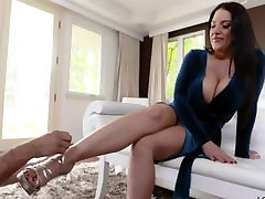 Angela White - Shoe Delivery Service
