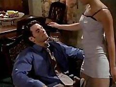 mia khakllfa nuodėmė mieste 2001 m. visą filmą shyra deland