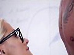 BUMS BUERO - Office sex for tattooed blonde secretary Fit XXX Sandy