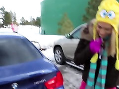 Licking bffs pussy in the hotel and Cumshot in the snow - massage milf beeg Vlog 5